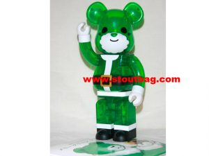 bearbrick_merry_green_christmas_1