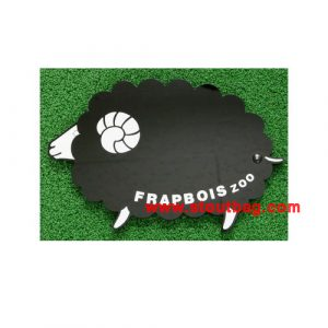frapbois-zoo-sheep-mirror-1