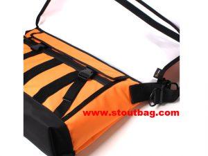 classic_messengerbag_orange_4