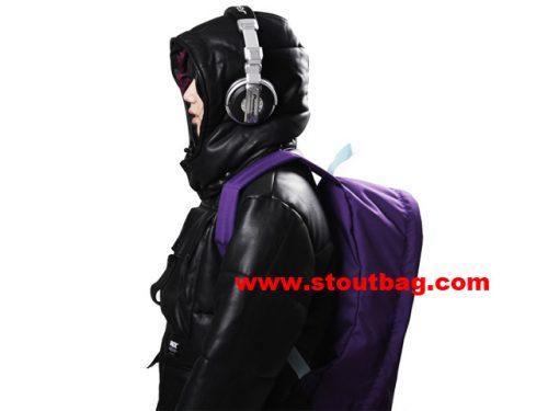 day_pack_model_purple