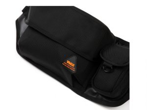 lumisac-waist-bag-black-orange-3