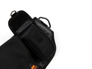 lumisac-waist-bag-black-orange-4