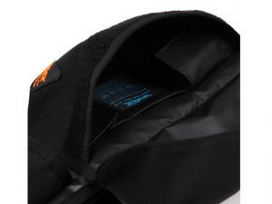 lumisac-waist-bag-black-orange-8