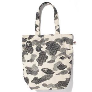 側孭袋 Tote Bag
