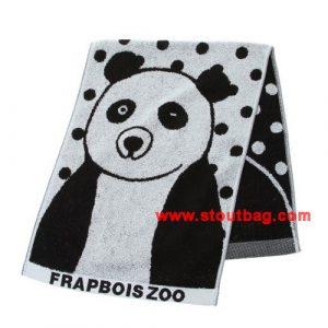 frapbois-zoo-panda-towel-1