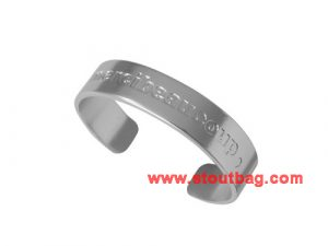 mercibeaucoup-logo-bangle-silver-1