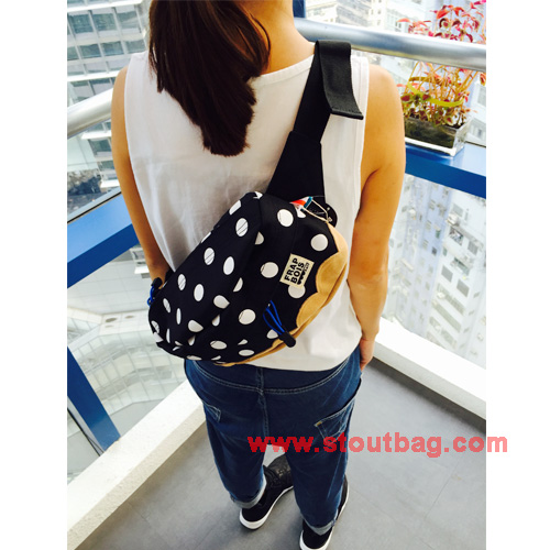 frapbois-dot-waistbag-model