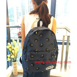 ne-net-nya-head-backpack-navy-model-2