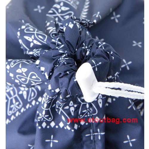 x-girl-sport-bandana-stuff-bag-set-4
