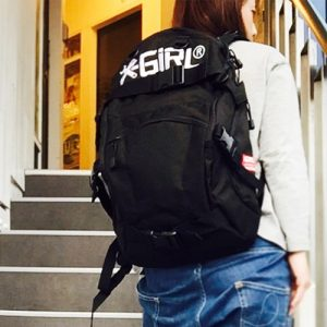 x-girl-wheel-co-skate-backpack-black-model