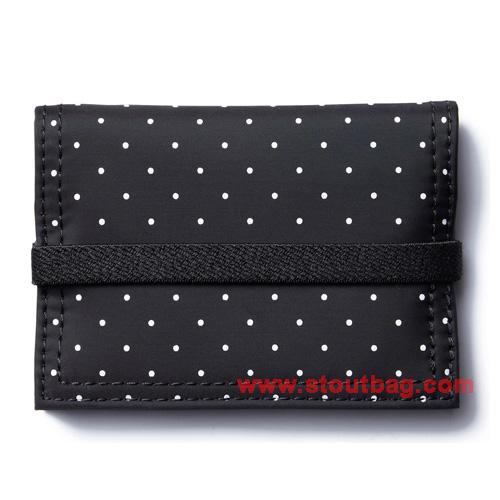 dot-black-beauty-card-case-black-2