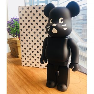 ne-net nya bearbrick 400% in stoutbag
